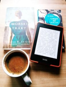 książki i kawa